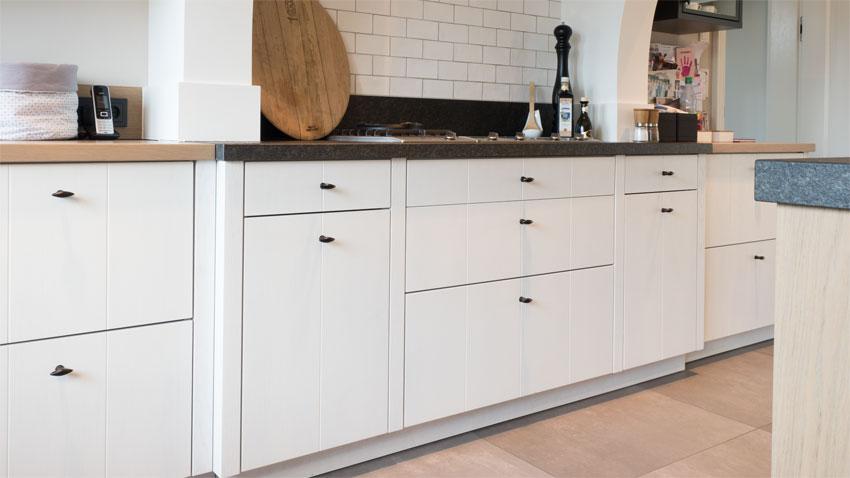 k che und bad hoyng m beltischlerei und innenausbau tischlerei in 49393 lohne. Black Bedroom Furniture Sets. Home Design Ideas