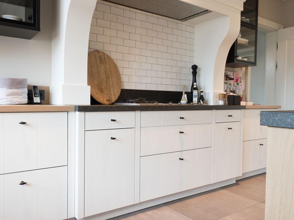 wohnm bel hoyng m beltischlerei und innenausbau tischlerei in 49393 lohne. Black Bedroom Furniture Sets. Home Design Ideas
